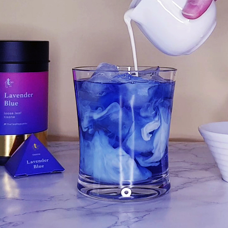 A Dreamy Blue Tea Latte You Have to Try at Home!
