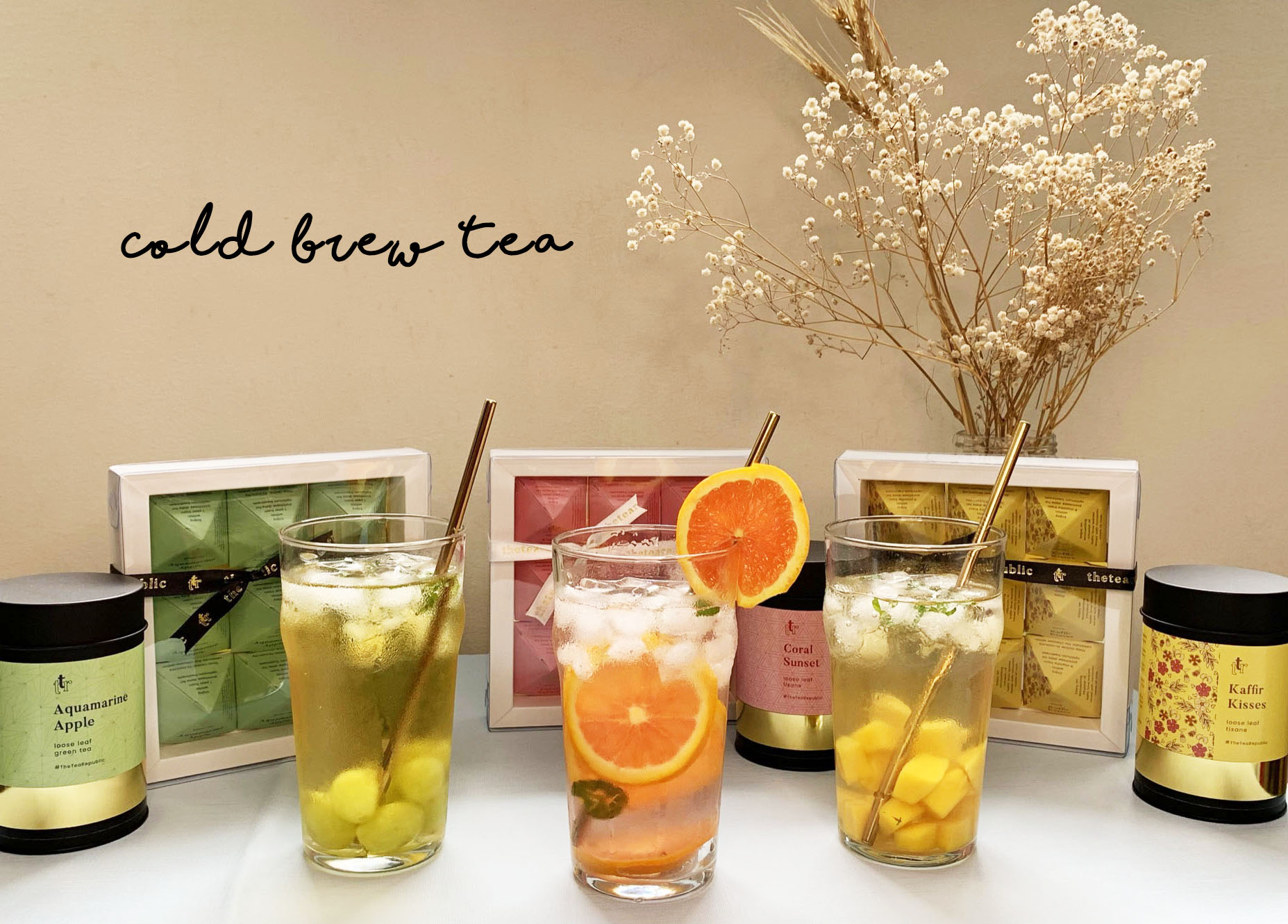 Refreshing Cold Brew Tea with Summer Fruits to Drink All Day Long!