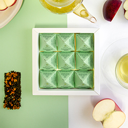 Aquamarine Apple Tea Pyramids